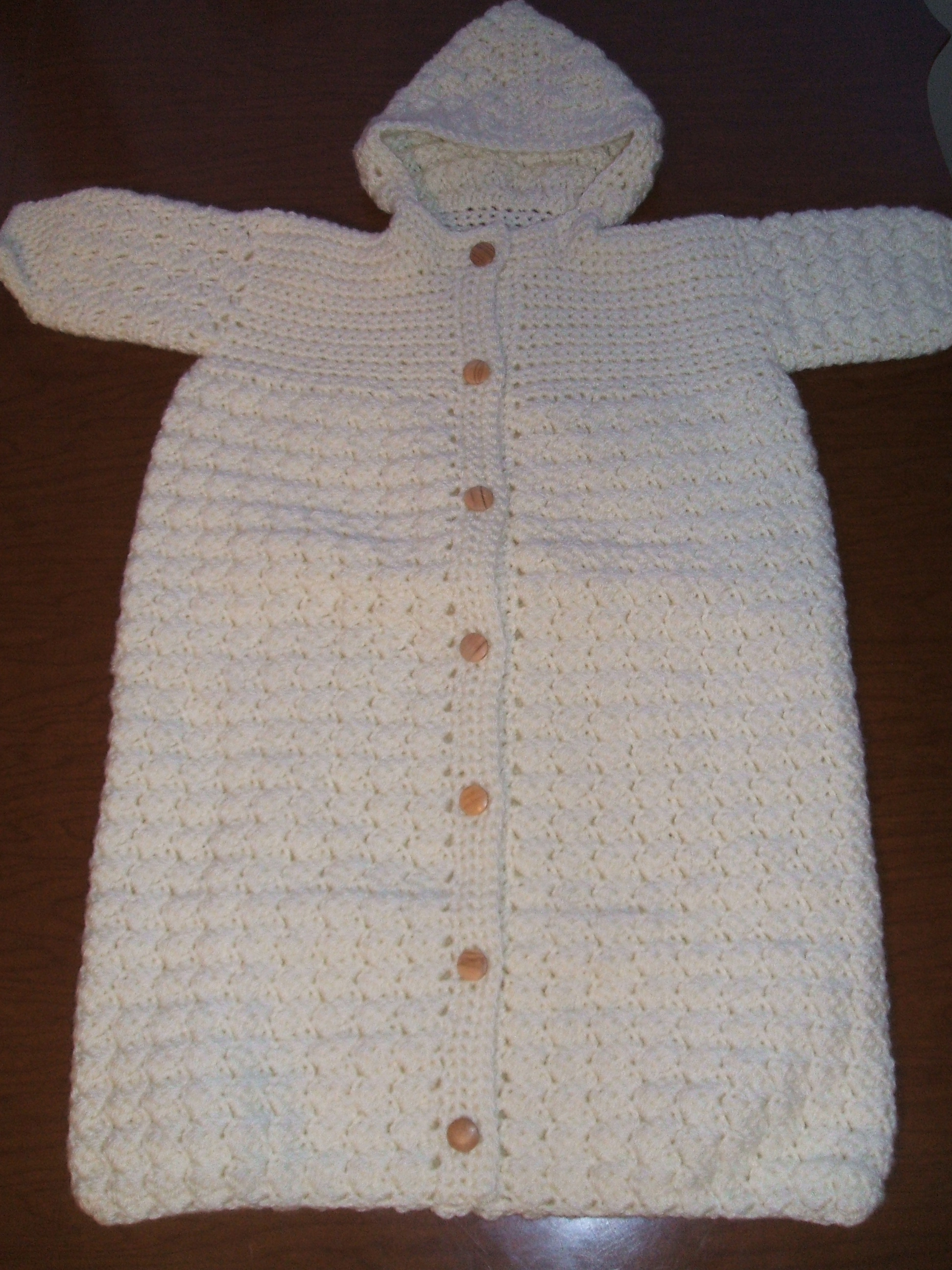 Baby sleeping bag ? Dressed in Crochet